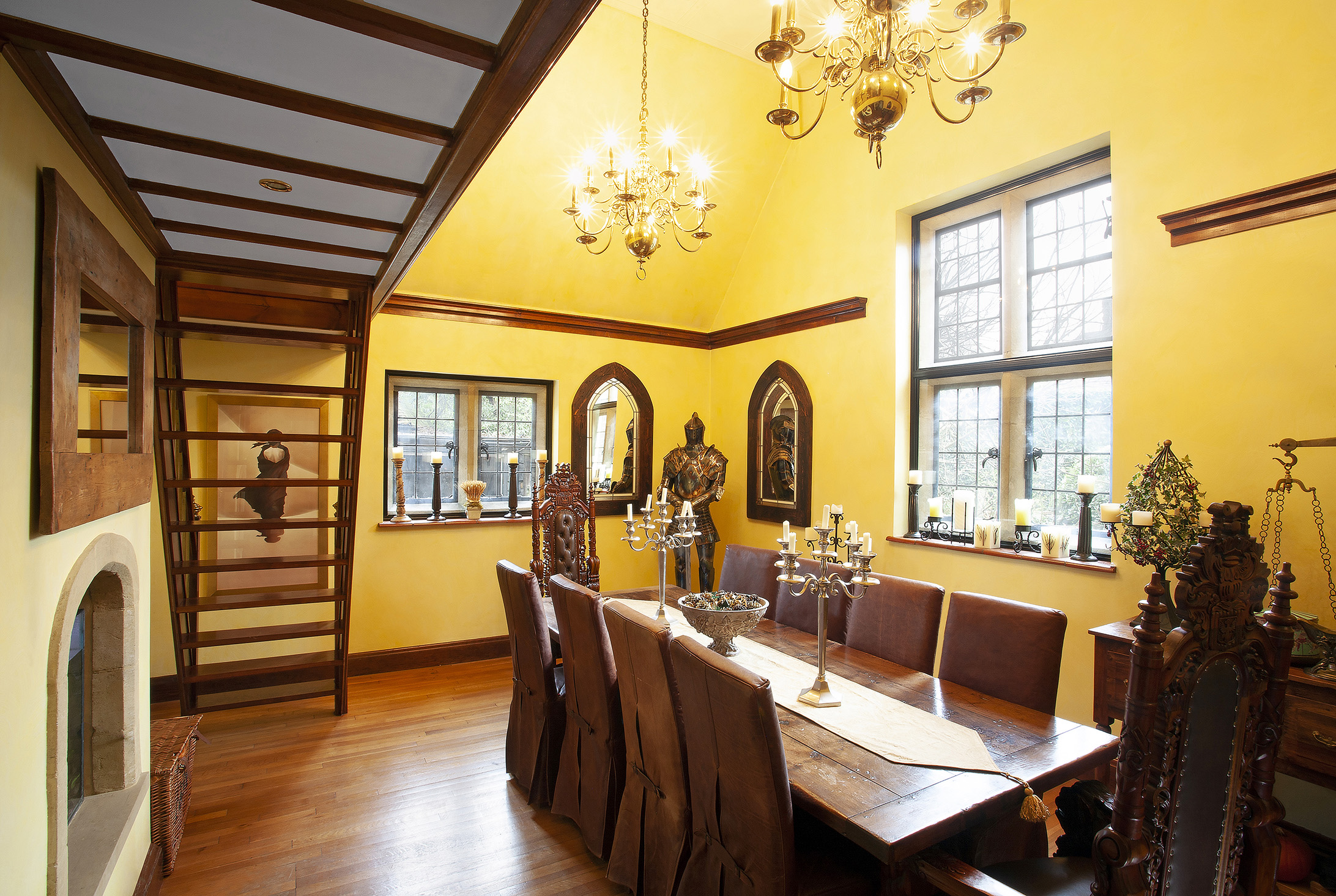 Armour, dining room, English house, Surrey home, Interior design, Interior photography, surrey photographer